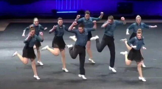 Zsynchronizowany taniec po prostu podbił sieć