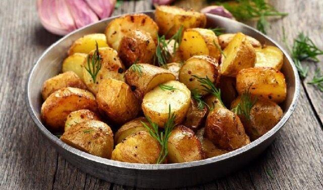Ziemniaki pieczone w specjalnym woreczku idealny dodatek do mięsa