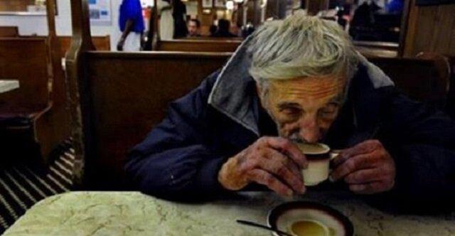 Nie stać cię na kawę? Oto co musisz powiedzieć w kawiarni
