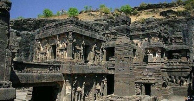 Kailasanatha: wyjątkowa świątynia wyrzeźbiona w gigantycznym monolicie