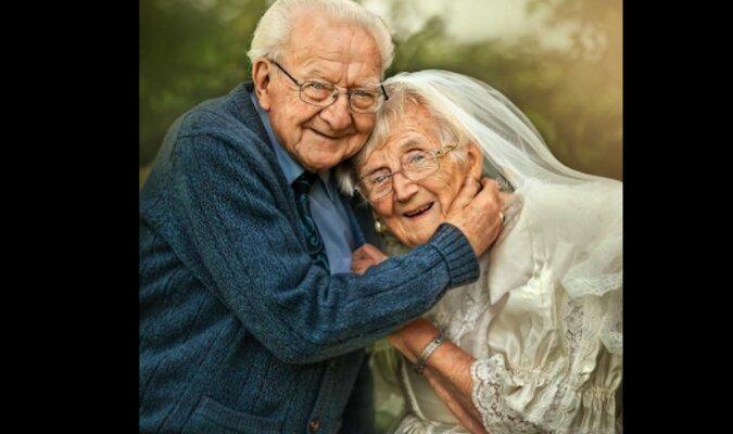 Sesja zdjęciowa starszej pary, która rozkochała w sobie internautów