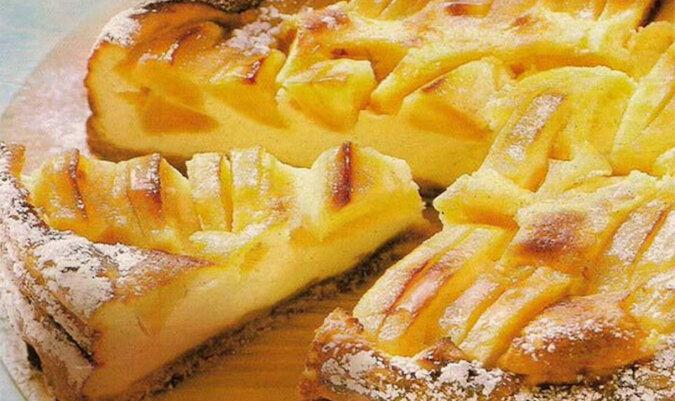 Ciasto jabłkowe na mleku. Pachnące i pyszne