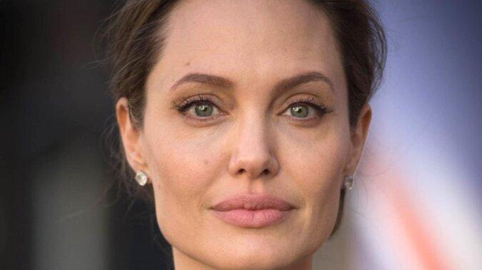 Angelina Jolie w niesamowitej sesji zdjęciowej dla Elle Espana