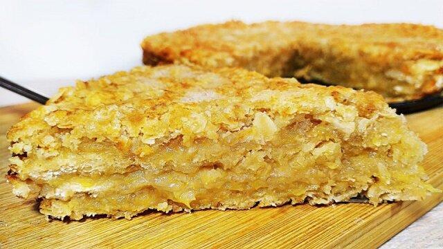 Ciasto według tego przepisu powstaje aromatyczne, z chrupiącą skórką