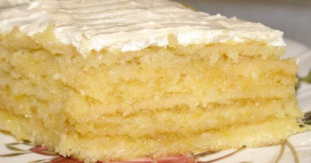 """Ciasto cytrynowe """"Wyjątkowe"""". Zawsze okazuje się pyszne, aromatyczne, o bogatym cytrusowym smaku"""