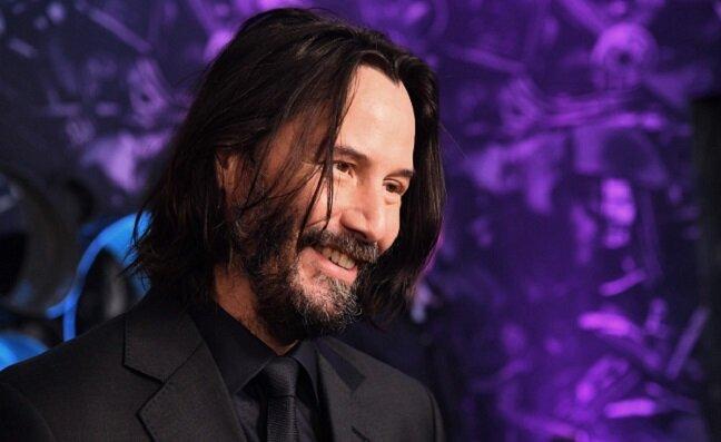 Dlaczego cały świat zwariował na punkcie Keanu Reevesa - faceta, który zdaje się przyleciał z innej galaktyki