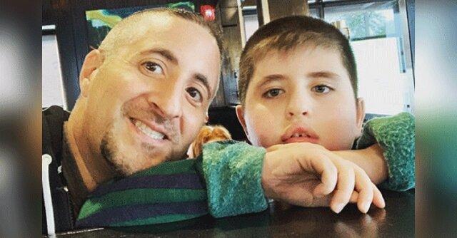 """""""Urodziny, wakacje i spotkania sprawiają u mnie dreszcze"""". Tata dzieli się silnym przesłaniem o autyzmie"""