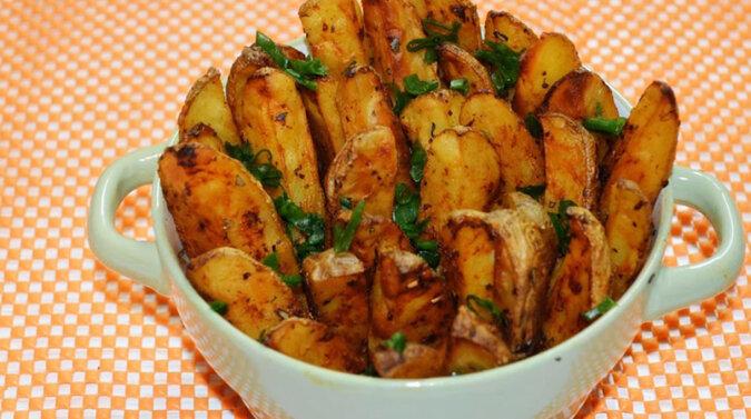 Ziemniaki po wiejsku zapieczone w piekarniku