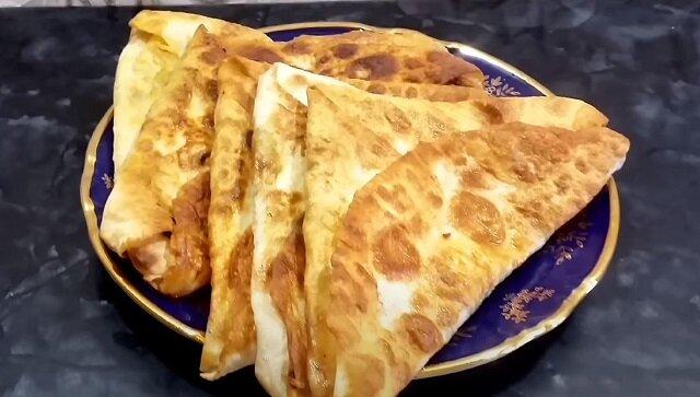 Śniadanie z lawaszu według przepisu gospodyni z Armenii