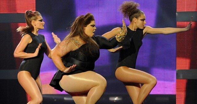 Kiedy ta celibrytka zaczęła tańczyć, publiczność westchnęła. Zobacz