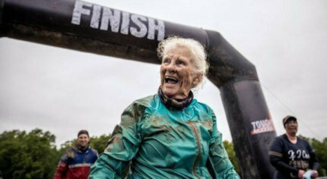 82-letnia kobieta dwukrotnie przeszła najtrudniejszy wyścig o przetrwanie