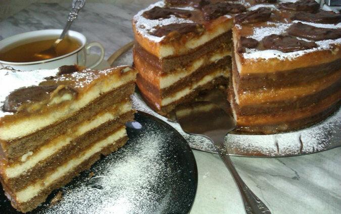 Niesamowicie pyszny tort. Palce lizać