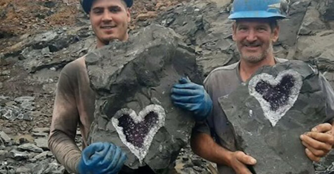 Natura również bywa romantyczna: w Urugwaju znaleziono unikalną geodę w kształcie serca