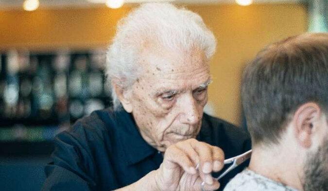 108-letni fryzjer, uznawany za najstarszego na świecie, pracuje w Nowym Jorku. Nawet nie myśli o emeryturze