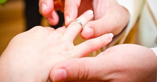 Panicznie boją się małżeństwa. Trzy znaki zodiaku