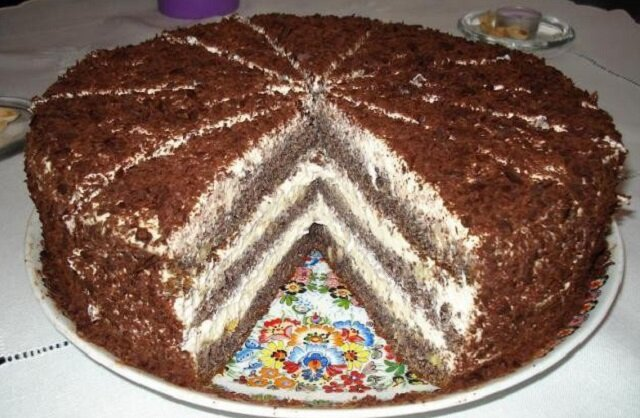 Tort makowy. Jest pyszny, godny polecenia