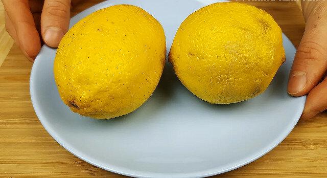 Znajoma nauczyła mnie, jak usunąć skórkę z cytryny bez tarki: znalazłam sposób łatwiejszy i szybszy