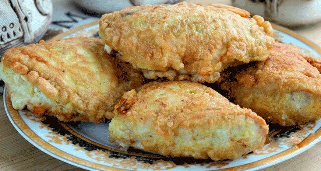 Soczyste kotlety z kurczaka z serem na kolację