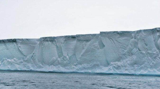 Góra lodowa wielkości Nowego Jorku oderwała się od Antarktydy