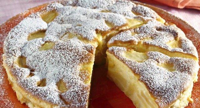 Włoski placek z jabłkami. Przepyszny deser domowej roboty