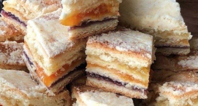 Ciasto z trzema nadzieniami. Idealne do każdej herbaty