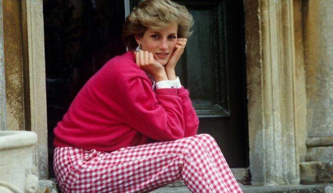 Zanim została księżniczką: zdjęcia z dzieciństwa pięknej Diany
