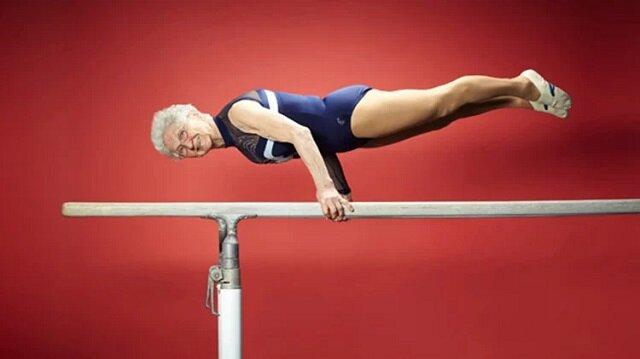 Najstarsza aktywna gimnastyczka na świecie. Ma 89 lat i robi coś niesamowitego