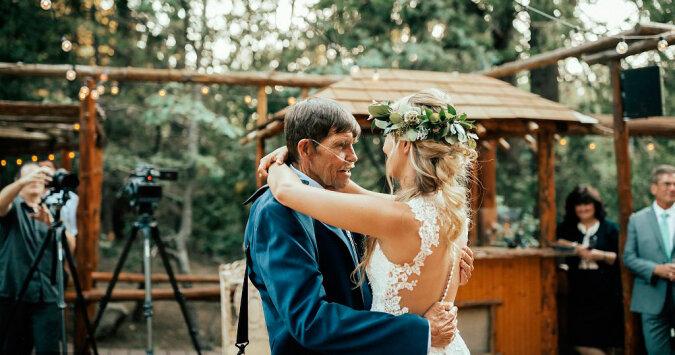 Śmiertelnie choremu ojcu lekarze nie pozwolili iść na ślub córki ale on postanowił przyjść za wszelką cenę