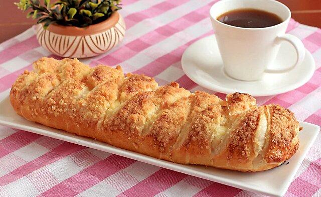 Delikatne ciasto francuskie z twarogiem. Ciasto przygotowuje się szybko i łatwo