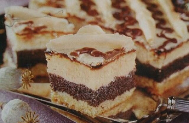 Ciasto świąteczne. Wykwintne połączenie maku i sera