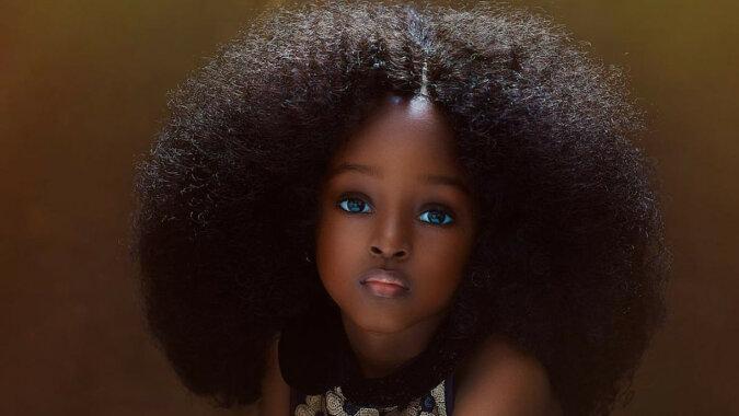 Zdjęcia najpiękniejszej dziewczyny z Nigerii, która w wieku 5 lat stała się sławną modelką
