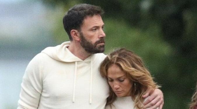 Nowy poziom miłości: Jennifer Lopez i Ben Affleck ubierają się tak samo na romantyczne spacery