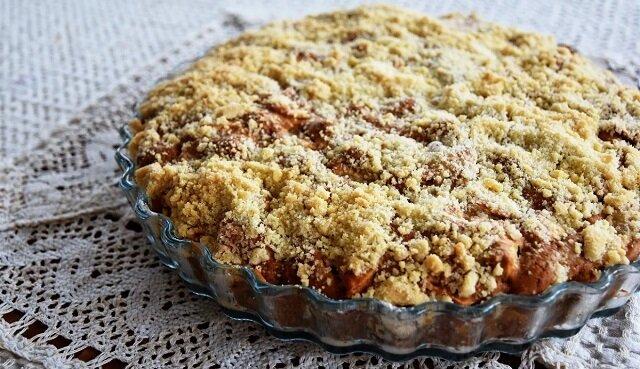 Zrób to ciasto, jeśli nie masz gdzie podziać jabłek, gruszek lub moreli