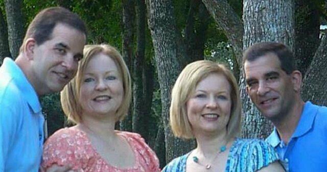 Bliźniaczki poślubiły dwóch braci bliźniaków. W ich rodzinach przyszli na świat bardzo ładne dzieci