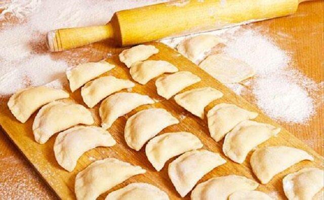 Ciasto na pierogi z masłem. Wyjątkowy przepis na pierogi