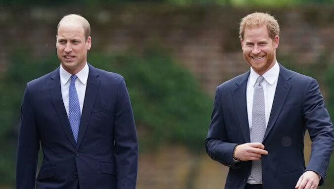 Książęta William i Harry odsłonili pomnik swojej matce, księżnej Dianie – zdjęcia