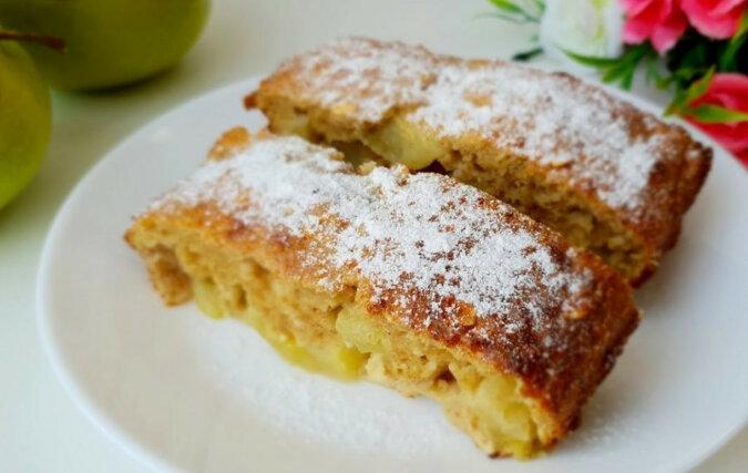 Zdrowe ciasto bez grama mąki z jabłkami. Wspaniały poczęstunek